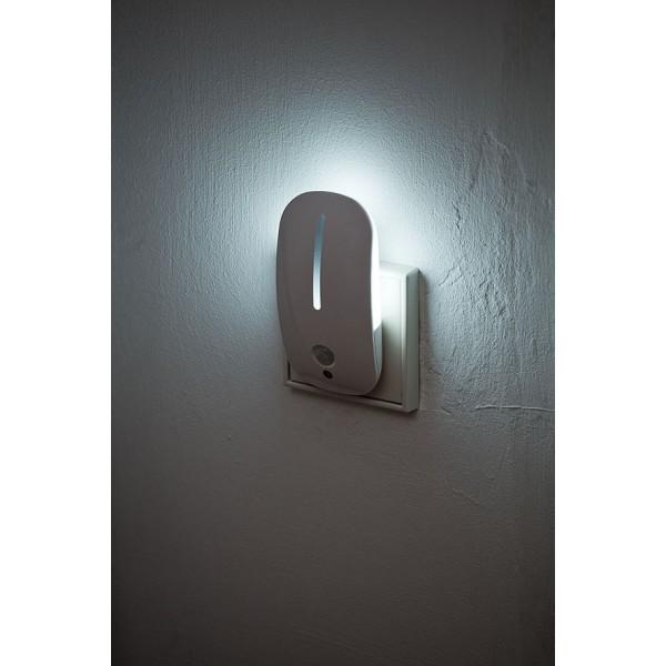Brennenstuhl LED Nachtlicht mit D??mmerungs-Frontlicht mit r??ckseitigem Bewegungslicht