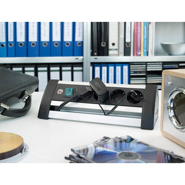 Brennenstuhl Alu-Office-Line Steckdosenleiste 4-fach schwarz - Anwendungsbeispiel