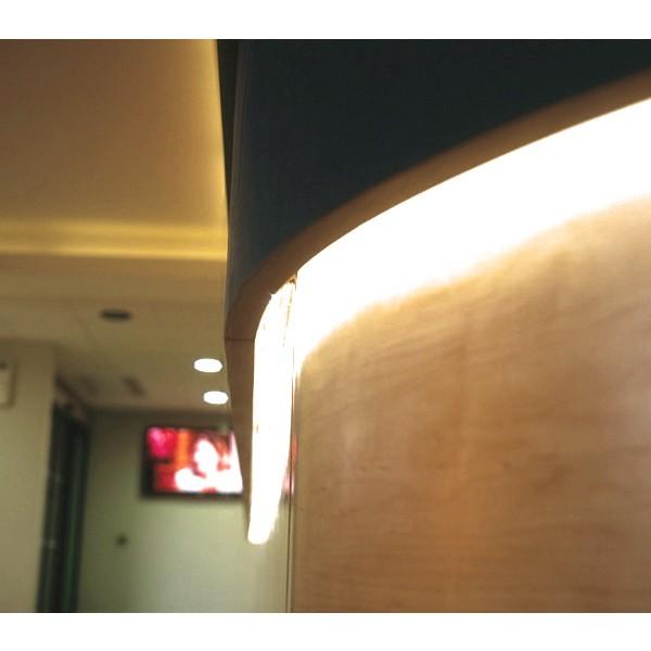 Comfort 12V CCT LED Streifen 120 LED/m - Anwendungsbeispiel - indirekte Beleuchtung - warmwei??