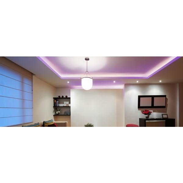 Professional 24V RGBW LED Streifen - Anwendungsbeispiel - violett