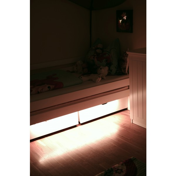 LED Universum Bettbeleuchtung Kinderbett Kinderzimmer - 02