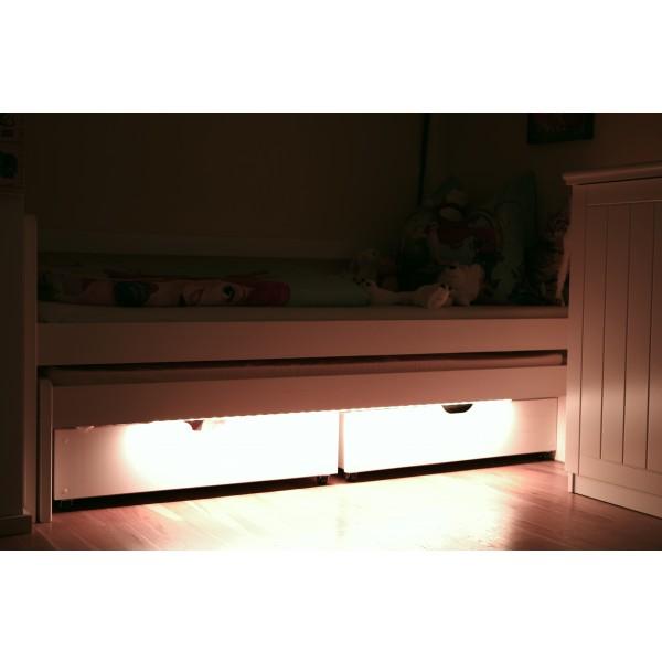 LED Universum Bettbeleuchtung Kinderbett Kinderzimmer - 01