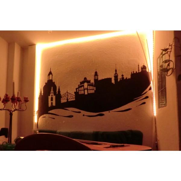 warmweiße Wandbeleuchtung