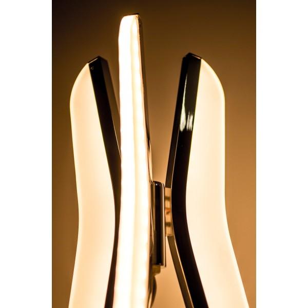 LED Tischleuchte Triilo - Detailbild