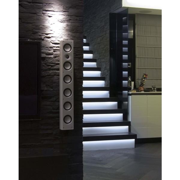 LED Treppenbeleuchtung für den Innenbereich - RGB - Anwendungsbeispiel - kaltweiß