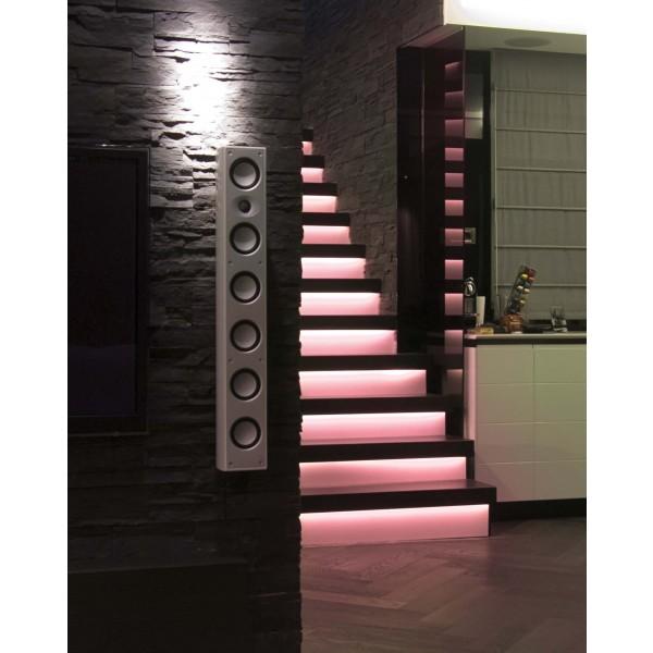 LED Treppenbeleuchtung für den Innenbereich - RGB - Anwendungsbeispiel - rot