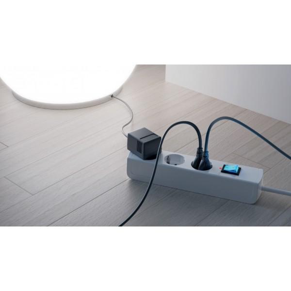 Kopp UNOversal 6-fach Steckdosenleiste mit Schalter, 5m Zuleitung - Anwendungsbeispiel