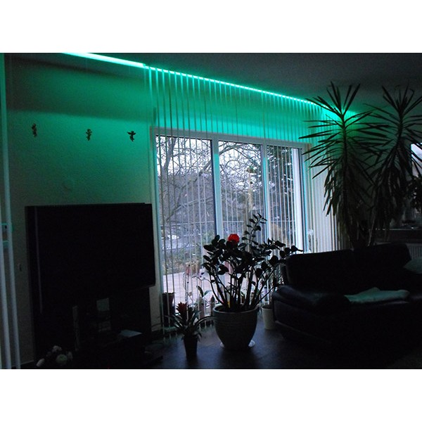 Wohnzimmerbeleuchtung in grün
