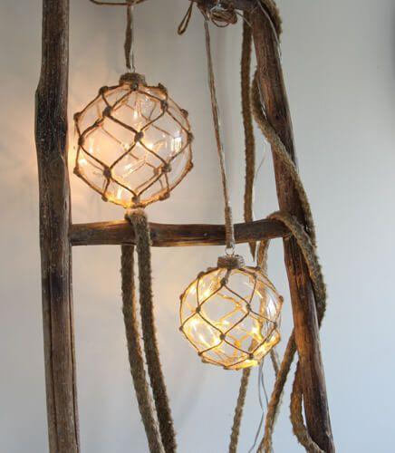 "Star Trading 457-30 ""Noah"" Glaskugel mit 8 LED-Lichtern, ca. 12 cm Ø"